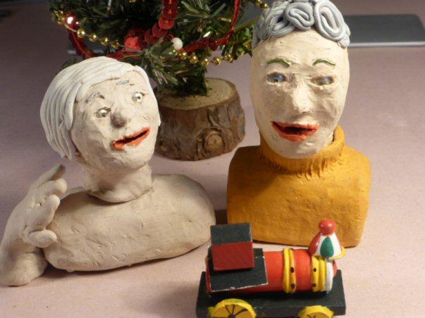 plasticine heads and christmas decor
